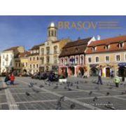 Brasov - Cetatea Coroanei (Romana, engleza si spaniola)